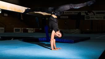 Jessica Diacci in der Sporthalle Obersiggenthal, wo sie bereits als kleines Mädchen turnte.