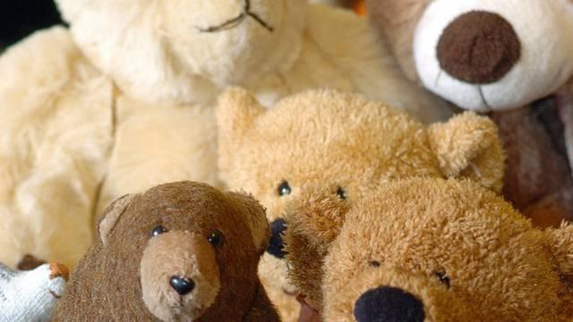 Protestaktion mit Teddybären führt zu Entlassungen (Symbolbild)