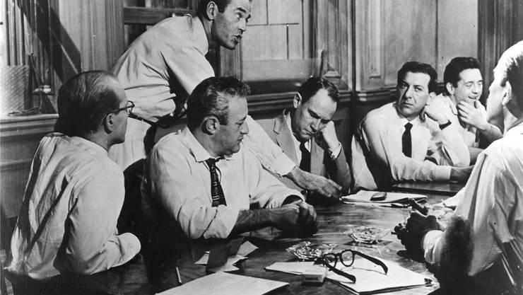 Henry Fonda und Konsorten in «die zwölf Geschworenen»