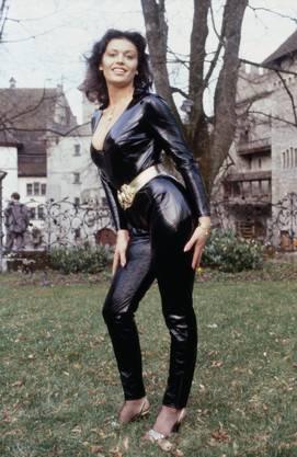 """Monika Kälin 1981 auf Schloss Lenzburg bei der Wahl zum """"Pet of the Year""""."""