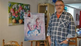 Künstler Ruedi Keller in seinem Atelier an der Bahnhofstrasse in Möhlin.