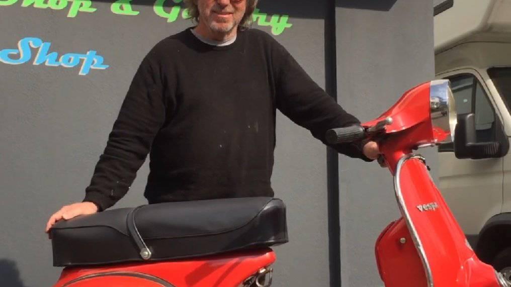 Hermann Tobler mit einer Vespa Rally 200.