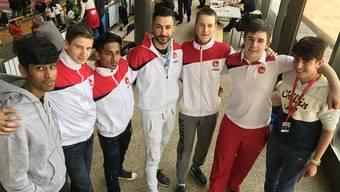 Die 15 teilnehmenden Karatekas der Vereine Hayabusa Basel und Shu Shin Karate Do Brugg konnten sieben Medaillen entgegennehmen.