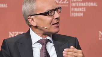Romeo Lacher, hier am Swiss International Finance Forum in Bern: Der neue SIX-CEO sucht eine Lösung für die Sparte Zahlungsverkehr. (Archiv)