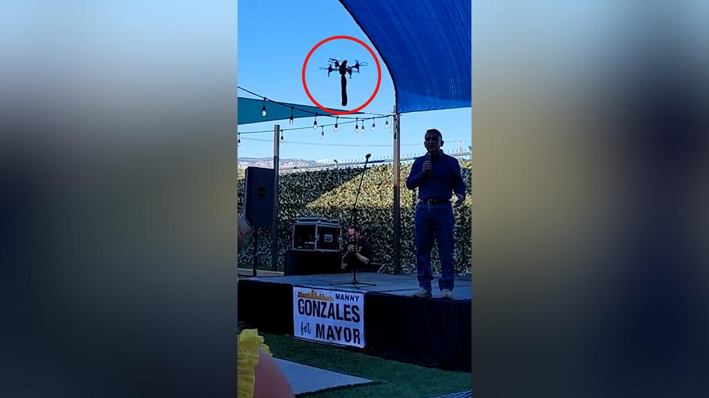 Dildo-Drohne crasht Wahlkampfveranstaltung