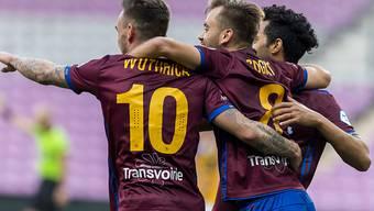 Leader Servette feierte zuhause gegen den Tabellenletzten Chiasso einen Kantersieg