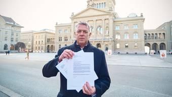 «Die Stimmung ist explosiv», sagt Gastrosuisse-Präsident Casimir Platzer. Nun wenden sich die Wirte mit Protestbriefen an den Bundesrat.