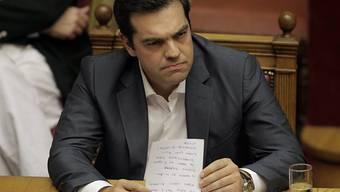 Regierungschef Alexis Tsipras hat seine Regierung umgebildet. Gehen mussten alle, die gegen das neue Sparprogramm waren. (Archiv)