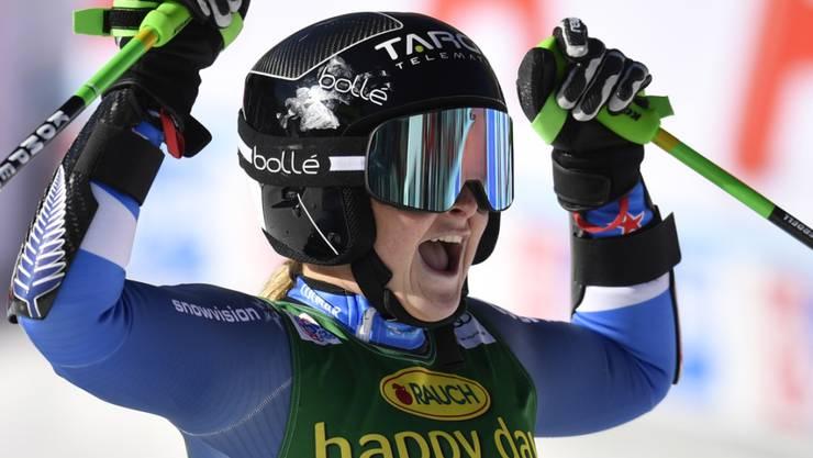 Alice Robinson jubelt über ihren ersten Weltcup-Sieg