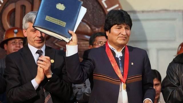Evo Morales nach der Unterzeichnung des Gesetzes