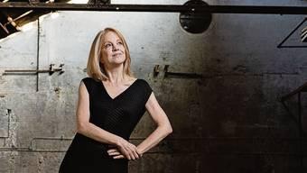 Die 60-jährige Maria Schneider ist das Mass der Dinge im grossorchestralen Jazz. Guy Krneta.
