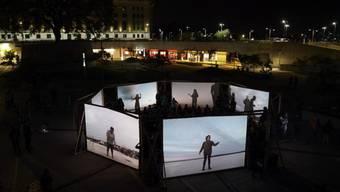 """Eine Kombination von Oper, Bewegung, Video und Live-Music-Perfomance: Die Schweizer Produktion """"Orlando"""" gastierte mithilfe von Pro Helvetia an drei Festivals in Südamerika."""