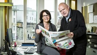 Stabsübergabe in der LBA-Redaktion: Fritz Thut wechselt von der Redaktion der AZ Lenzburg zum Lenzburger Bezirksanzeiger und übernimmt dort die Chefredaktion von Bea Strässle.
