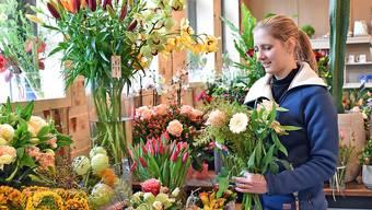Floristin Rebekka Fleischli in ihrem neu eröffneten Blumenladen in Niedergösgen.