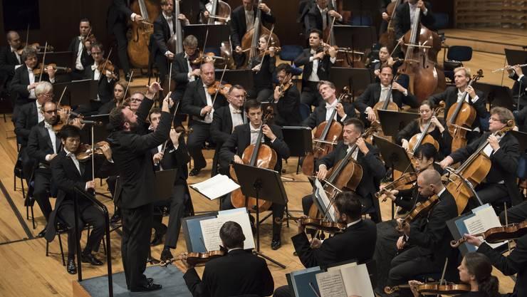 Die Berliner Philharmoniker mit dem Bald-Berliner Kirill Petrenko.