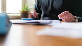 Stimmt der Kantonsrat der Vorlage zu, müssten unter anderem keine Formulare mehr auf Papier ausgedruckt werden.
