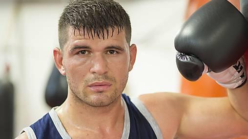 Arnold Gjergjaj ist einer der zehn besten Boxer Europas