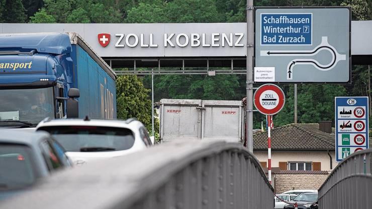 Der Schweizer Einkaufstourismus ist in Coronazeiten viel geringer, seit etliche Kantone auf der deutschen Risikoliste landeten. (Archivbild)