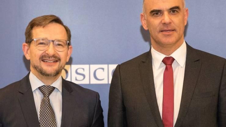 Bundespräsident Alain Berset (rechts) traf in Wien auch den Schweizer Generalsekretär der OSZE, Thomas Greminger.