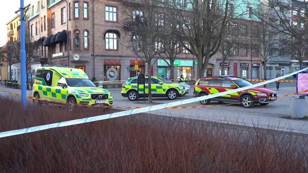 Attacke in Schweden: Drei Menschen lebensbedrohlich verletzt