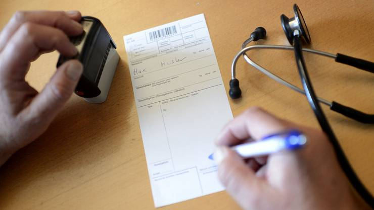 Häufig werden die Erwartungen eines Patienten vom Arzt nicht erfüllt: Bei der Ombudsstelle können sich unzufriedene Patienten melden.