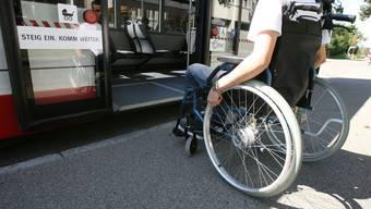Nur 44 Prozent der Haltestellen sind behindertengerecht.