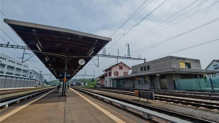 Der Mägenwiler Bahnhof soll auf Vordermann gebracht werden. Archiv