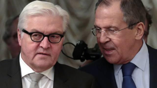 Lawrow und Steinmeier am Dienstag in Moskau
