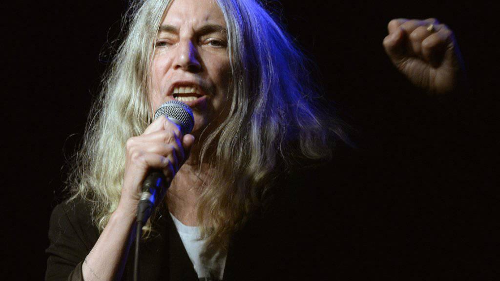 Patti Smith - hier letzten Monat in Zürich - hat nach 36 Jahren gestohlene Klamotten zurückerhalten (Archiv).