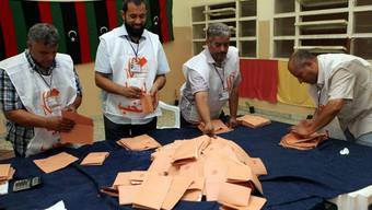 Das Stimmenzählen in Libyen dauert an (Archiv)