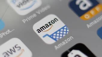 EU-Kommissarin Margrethe Vestager nimmt die Geschäftspraktiken des US-Onlinehändlers Amazon unter die Lupe. Primär geht es um Datennutzung.(Archivbild)