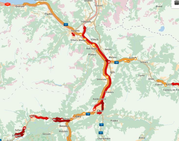 Auf den Strassen um die Stadt Chur brauchten die Autofahrer viel Geduld. (Bild: Screenshot TomTom MyDrive)