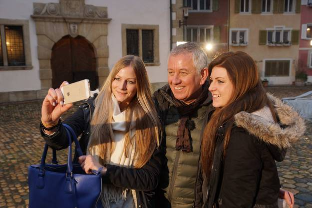 Selfie mit Happy-Day-Moderator Röbi Koller