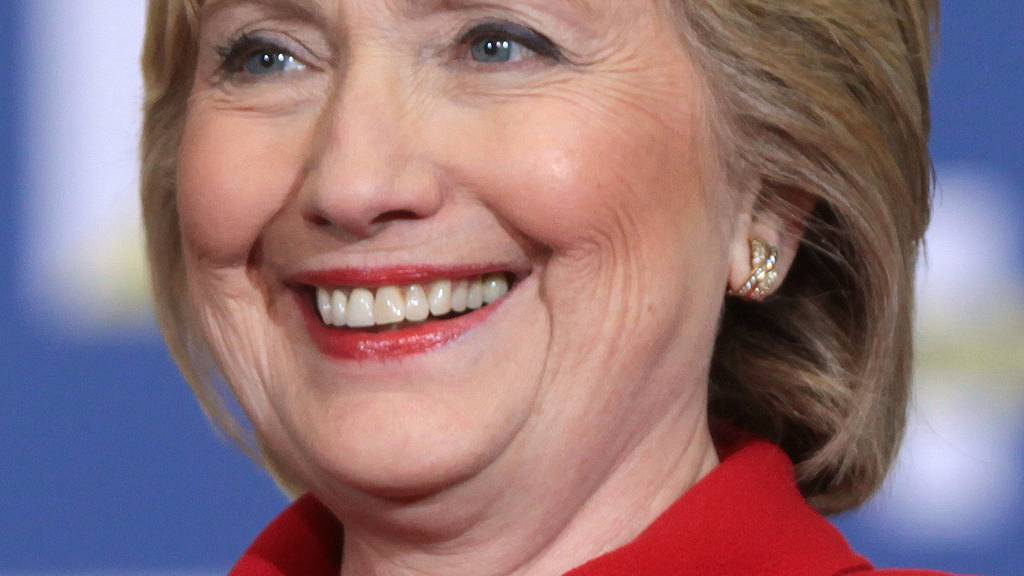 Wahlverliererin Hillary Clinton nimmt Stellung