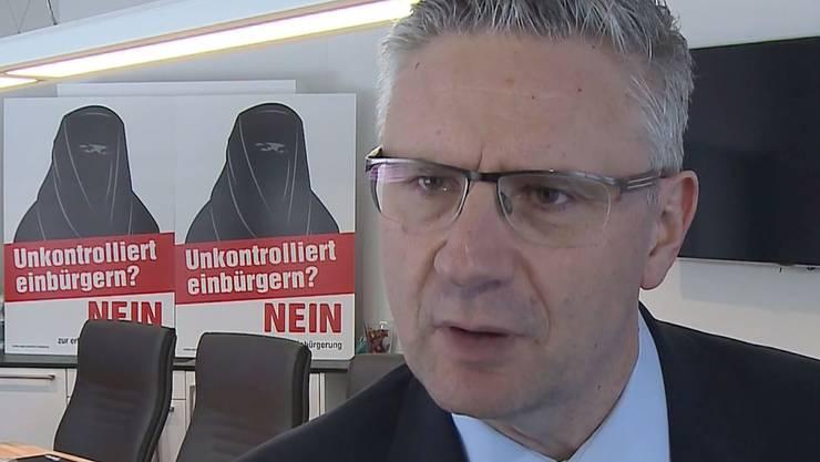 Glarners Burkaplakate kamen auch in seinem Oberwil-Lieli nicht an.