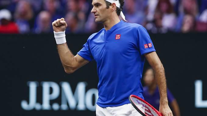 Roger Federer ballt die Faust nach dem Sieg gegen Kyrgios