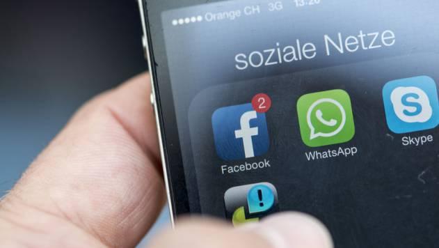 Alle sollen sich in den Sozialen Medien wie gute Journalisten verhalten, schlägt Bernhard Pörksen vor. (Symbolbild)