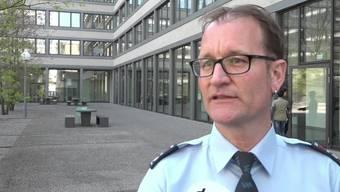 Seit anfangs Jahr hat die Stadtpolizei Winterthur mit Jan Kurt einen interkulturellen Brückenbauer in ihren Reihen. Der frühere Quartierpolizist soll Vertrauen schaffen zwischen Polizei und Migrationsbevölkerung. Im Interview erzählt er, warum es die neue Stelle braucht und wie die Leute auf ihn reagieren