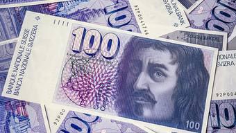 Wer alte Banknoten besitzt, soll diese zeitlich unbeschränkt umtauschen können. Das schlägt der Bundesrat vor. Heute gilt eine Frist von 20 Jahren. (Archivbild)