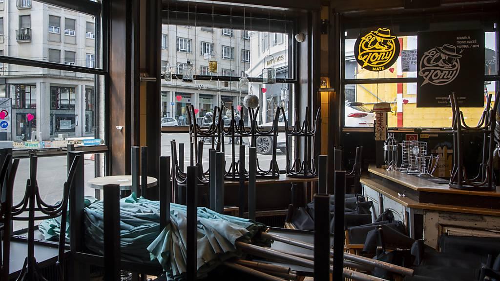 Licht am Ende des Tunnels in Sicht: Restaurantbetreiber können hoffen, dass sie ab Ende Mai auch im Innern wieder Gäste bewirten können. (Archivbild)