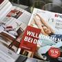 Prospekte von Möbel Pfister: Der Verkauf der Möbelkette an XXXLutz sorgt noch immer für Verwirrung.