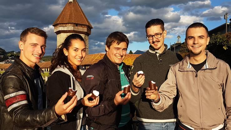 Die Junge SVP ruft zur Solidarität mit der Aargauer Dubler AG und ihren Mohrenköpfen auf.