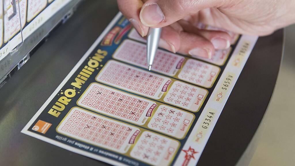 Glückspilz knackt 236,6-Millionen-Franken-Jackpot bei Euro Millions