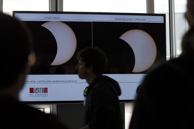 Übertragung der Sonnenfinsternis an der ETH Lausanne