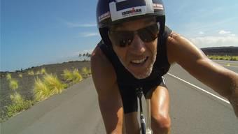 Jürg Mallepell bereitet sich auf den Ironman vor – bei feuchtheissen Temperaturen auf Hawaii. zvg