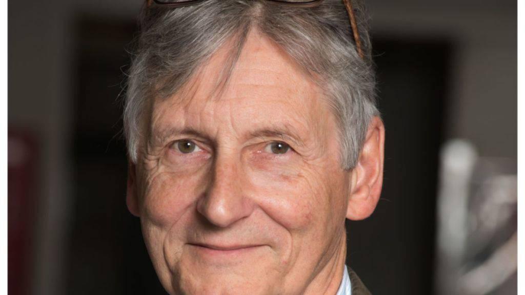 Vom Vize zum Präsidenten: Der Mikrobiologe Philippe Moreillon wurde an die Spitze der Akademie der Naturwissenschaften SCNAT gewählt. Er ersetzt Marcel Tanner, der das Präsidium des Dachverbandes Akademien der Wissenschaften Schweiz übernommen hat. (zVg)