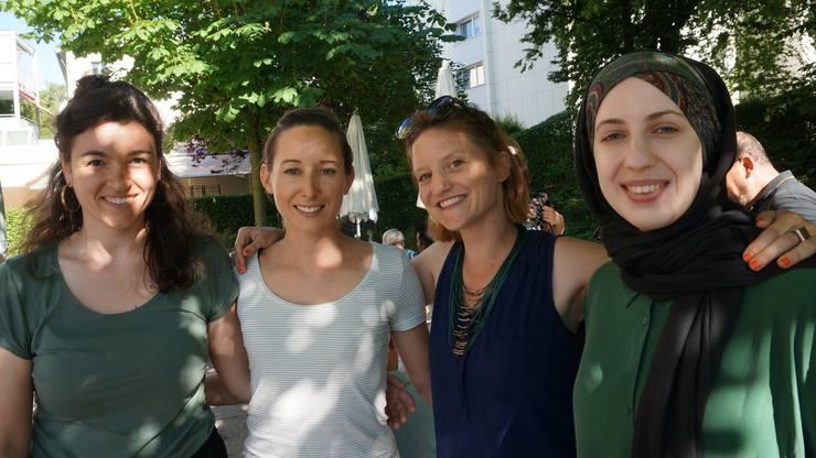 Die Organisatorinnen (von links): Die Schlieremer Integrationsbeauftragte Dascha Krizan, Corinne Germann, Jass-Leiterin Judith Buehler und Merve Sulemani.