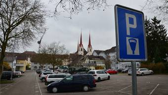 Das revidierte und von der Gemeindeversammlung gutgeheissene Parkierungs- und Ersatzabgabenreglement Muri gilt ab 1. Januar. Eddy Schambron