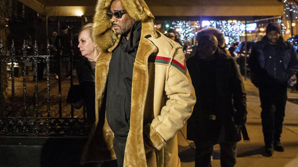 Alles gelogen: US-Sänger R. Kelly bezeichnet die Vorwürfe des mehrfachen sexuellen Missbrauchs Minderjähriger in einem TV-Interview als «nicht wahr».