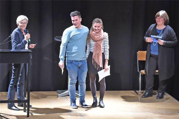 Alice Hegewald (rechts) ist Siegerin der Fachhochschule.